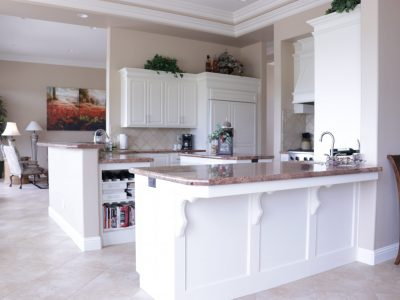 picture of white painted cabinets